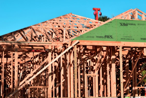 ossature en bois et fondation d'une maison en image