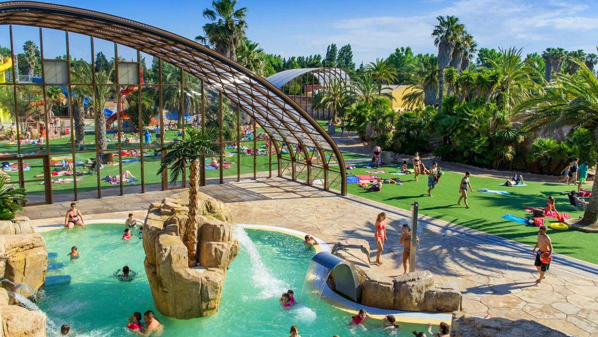 piscine 5 étoiles ans un camping de luxe